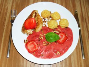 Hähnchenbrustfilet an Erdbeersalsa - Rezept