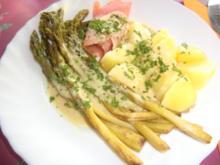 Grüner Spargel mit Lachs und Kartöffelchen an einer Senf-Meerrettich-Sauce - Rezept