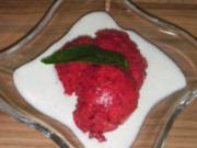 Himbeersorbet an Joghurtsoße - Rezept