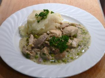 Hühnerragout vom Suppenhuhn mit Kartoffelpüree - Rezept