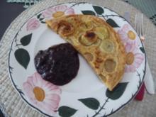 Eierspeisen : Pfannkuchen mit Bananen und Pflaumenmus aus meinem Kochbuch - Rezept