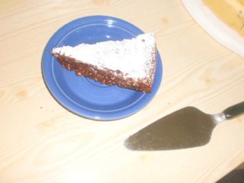 Dinkel-Brownies-Torte mit Schokolade - Rezept