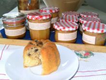 """Vanille-Muffins mit Schoko-Chips-Nussherz oder """"Kuchen im Glas"""" - Rezept"""