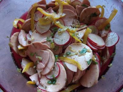 Lyonersalat mit Paprika,Radieschen, Lauchzwiebeln Dieter´s Art - Rezept