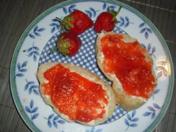Erdbeer-Ananas-Aprikosen-Traum - Rezept