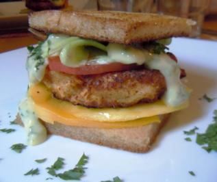 Club-Sandwich mit Fischfrikadelle - Rezept