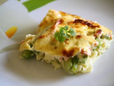 Auflauf: Käse-Nudel-Auflauf mit Lachs und Spargel - Rezept