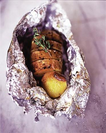 Gebackene Kartoffeln mit Anchovis - Rezept