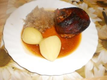 Eisbein und Schweinebauch geschmort~Kümmelsauerkraut - Rezept