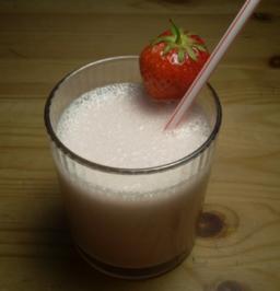 Erdbeer-Banane Milchshake - Rezept - Bild Nr. 2