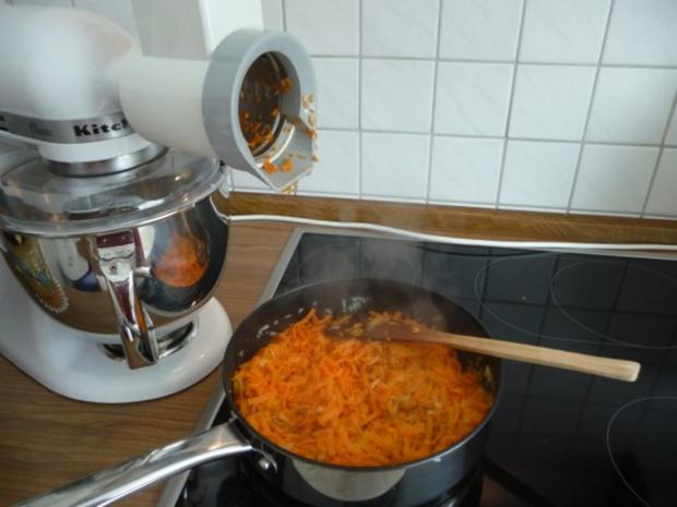 Suppen & Eintöpfe : Geraspelter Kartoffel - Möhreneintopf - Rezept - Bild Nr. 5