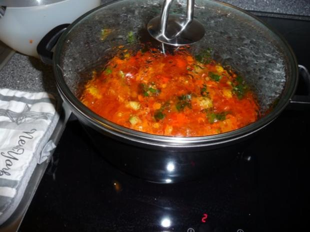 Tomatige Gemüsesoße mit Nudeln - Rezept - Bild Nr. 3