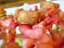 Fruchtig-scharfer Salat mit Ziegenkäse - Rezept