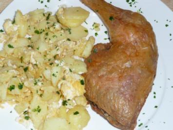 Knoblauchhühnchen mit Bratkartoffeln - Rezept