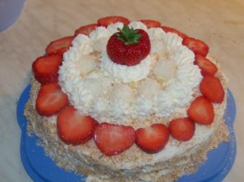 Rezept: Raffaello-Erdbeer Torte