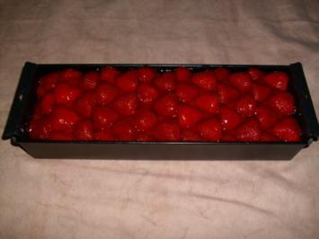 Schnelle Erdbeerschnitten - Rezept