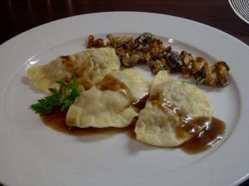 Rezept: Ravioli vom Reh mit Pilzragout