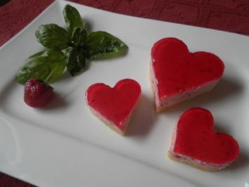 Erdbeer - Basilikum - Frischkäse - Herzen ... - Rezept