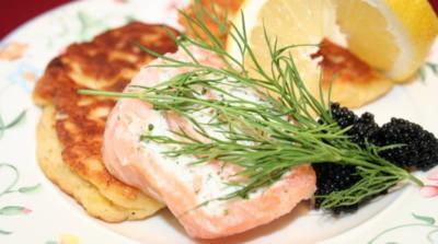 Blumenkohl-Blinis mit Kaviar - Rezept