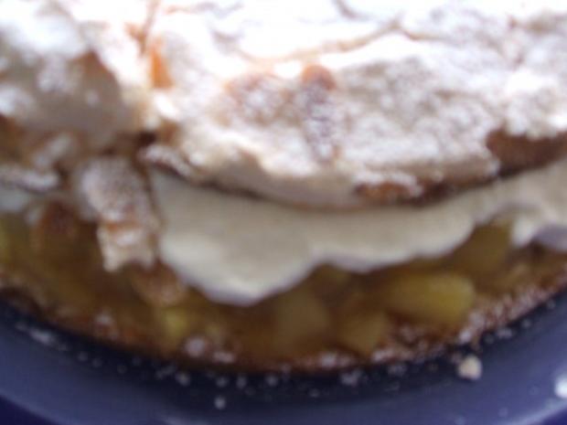 Apfel-Baiser-Torte   die schmeckt nach Sommer, - Rezept - Bild Nr. 2
