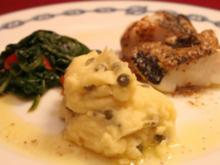 Kabeljau-Loins mit Dijonsenf-Butter, Kapern-Kartoffelpüree u. Blattspinat - Rezept