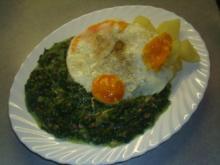 Spinat ,Kartoffeln und Spiegelei - Rezept