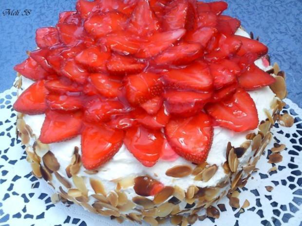 Backen: Erdbeermousse Torte mit Ricotta - Rezept
