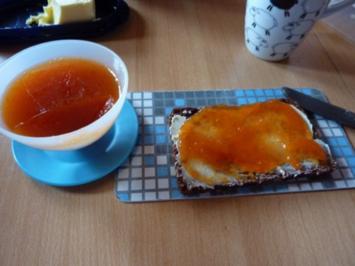 Marmelade: Aprikose-Pfirsich mit Cranberrylikör - Rezept