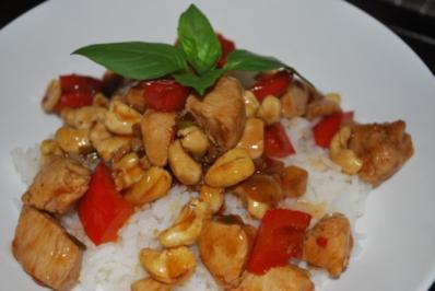 Thai-Hähnchen mit Cashewnüssen - Rezept