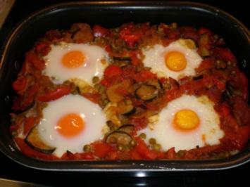 Eier im Gemüsebett - Rezept