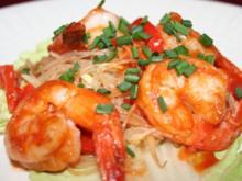 Sautierte Ingwer-Shrimps auf Glasnudelsalat - Rezept