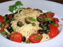 Spaghetti alla puttanesca  (was diese Bezeichnung bedeutet, erkläre ich hier nicht) *lach* - Rezept