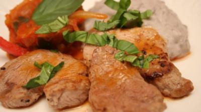 Kalbsmedaillons mit Ratatouille, dazu Kartoffeln nach Amandine - Rezept