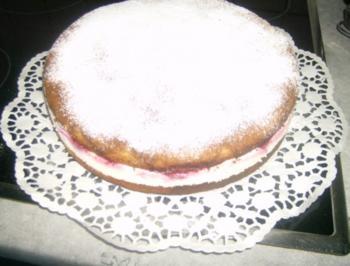 Himbeer Quark Sahne Torte - Rezept