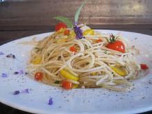 Salbei-Spaghetti mit buntem Allerlei - Rezept