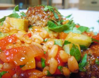 Lammhackbällchen-Gemüse-Ebly-Pfanne - Rezept