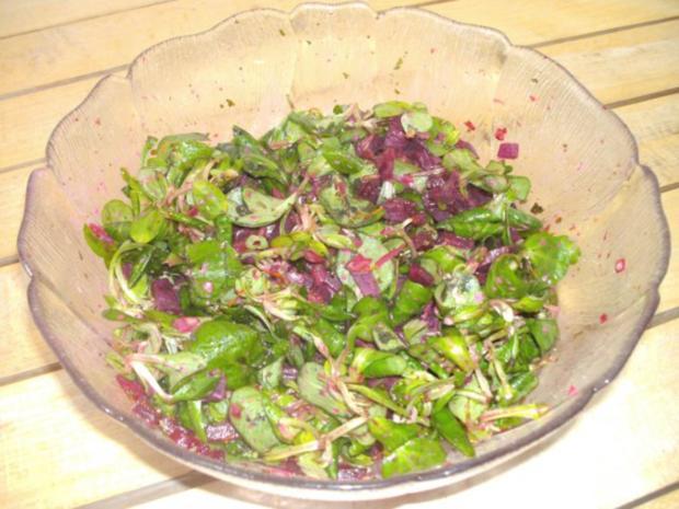 salat feldsalat mit roter beete rezept. Black Bedroom Furniture Sets. Home Design Ideas