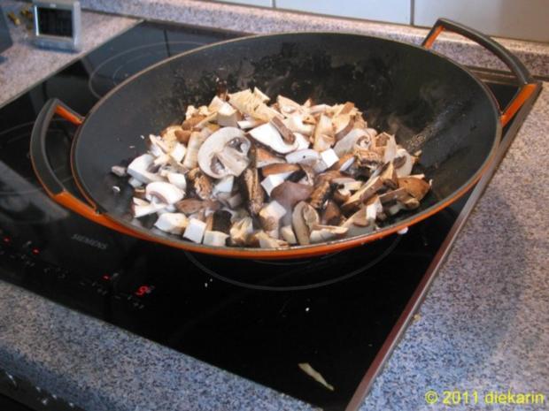 Hauptgericht - Wok- Pilze und Mangold - Rezept - Bild Nr. 4