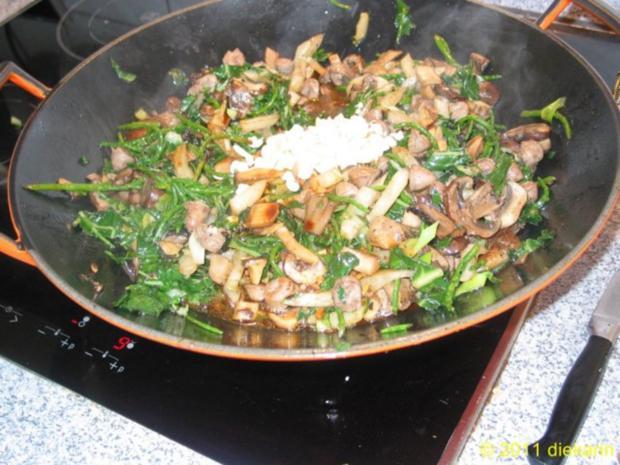 Hauptgericht - Wok- Pilze und Mangold - Rezept - Bild Nr. 5