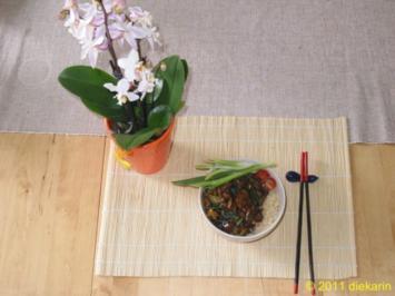 Hauptgericht - Wok- Pilze und Mangold - Rezept
