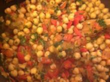 Kichererbsen in pikanter Tomatensoße zu Reis - Rezept