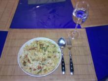 Nudeln: Minifarfalle mit Ajvar-Käse-Pesto - Rezept