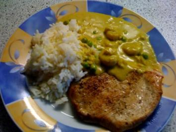 Puten-Steak mit Bananen-Curry-Sahne - Rezept