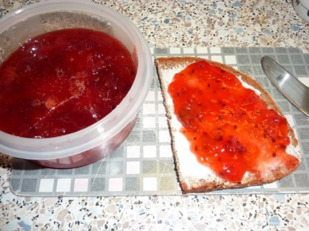 Marmelade: Erdbeer-Stachelbeere - Rezept - Bild Nr. 2