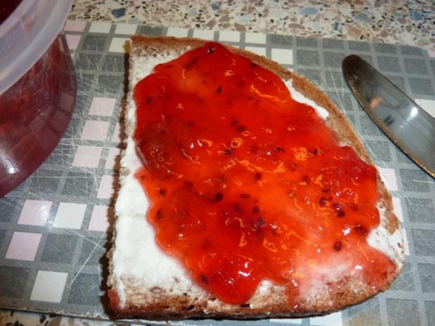 Marmelade: Erdbeer-Stachelbeere - Rezept - Bild Nr. 3