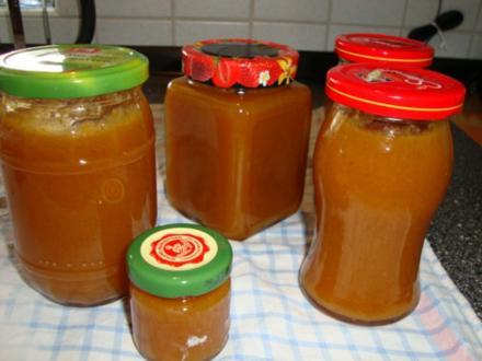 Aprikosen-Pfirsich-Mellisse-Minz Marmelade - Rezept