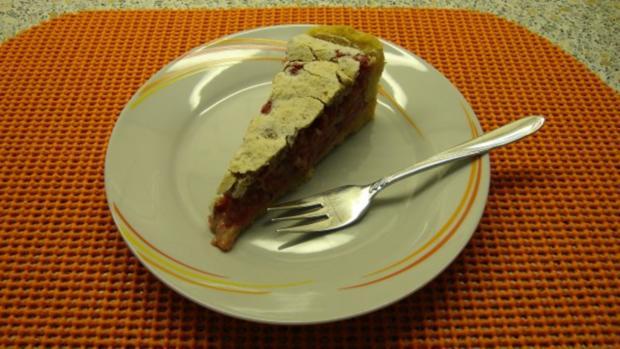 Träubleskuchen mit Nuss-Baiser - Rezept