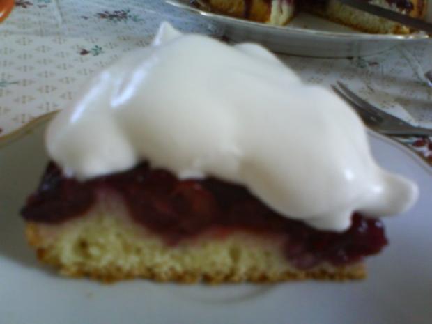Kirschkuchen mit falscher Schlagsahne - Rezept