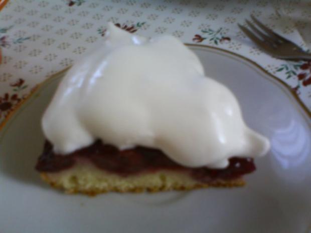 Kirschkuchen mit falscher Schlagsahne - Rezept - Bild Nr. 2