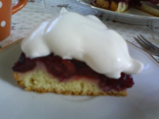Kirschkuchen mit falscher Schlagsahne - Rezept - Bild Nr. 7